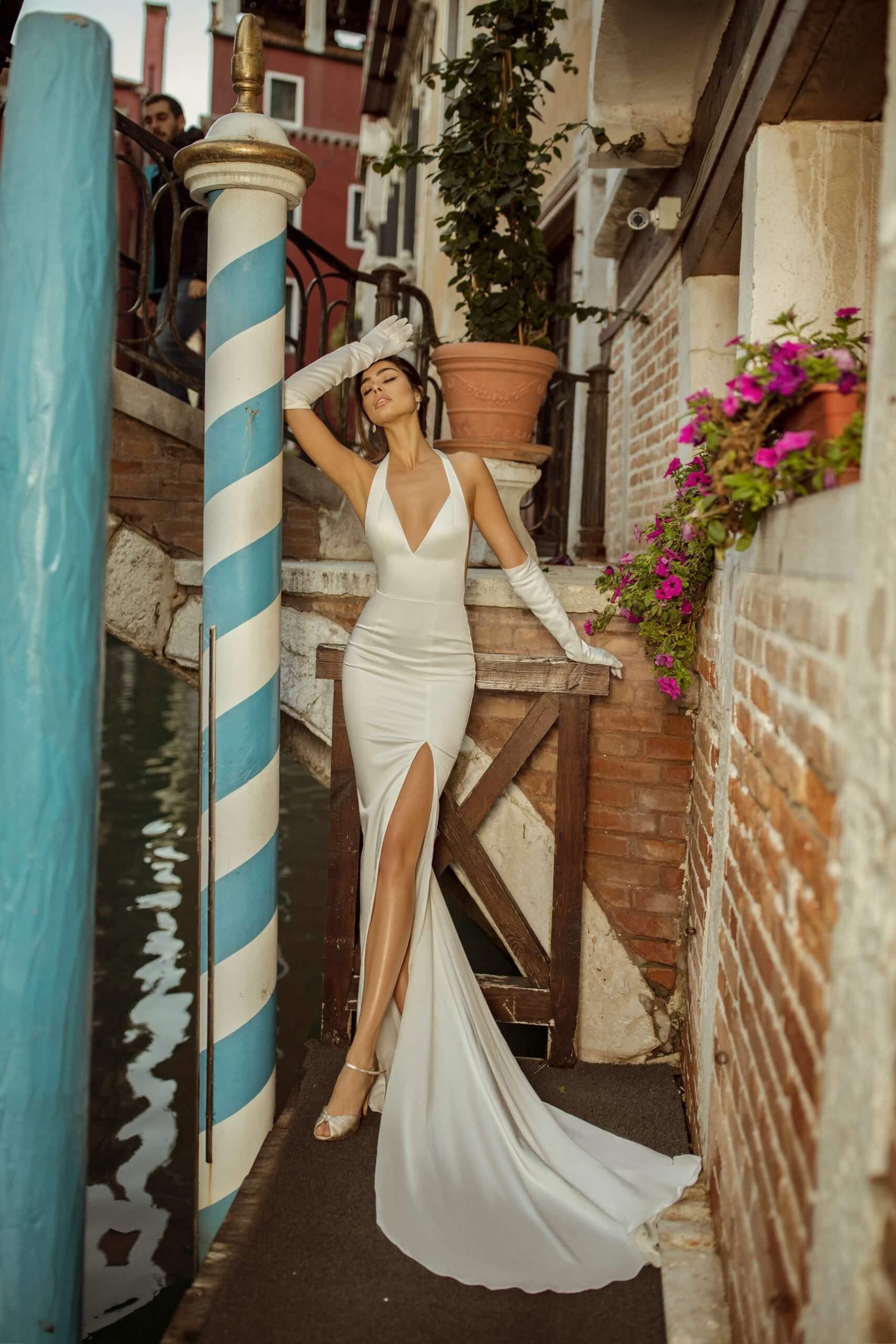 купить свадебное платье в салоне Blonde&Bride