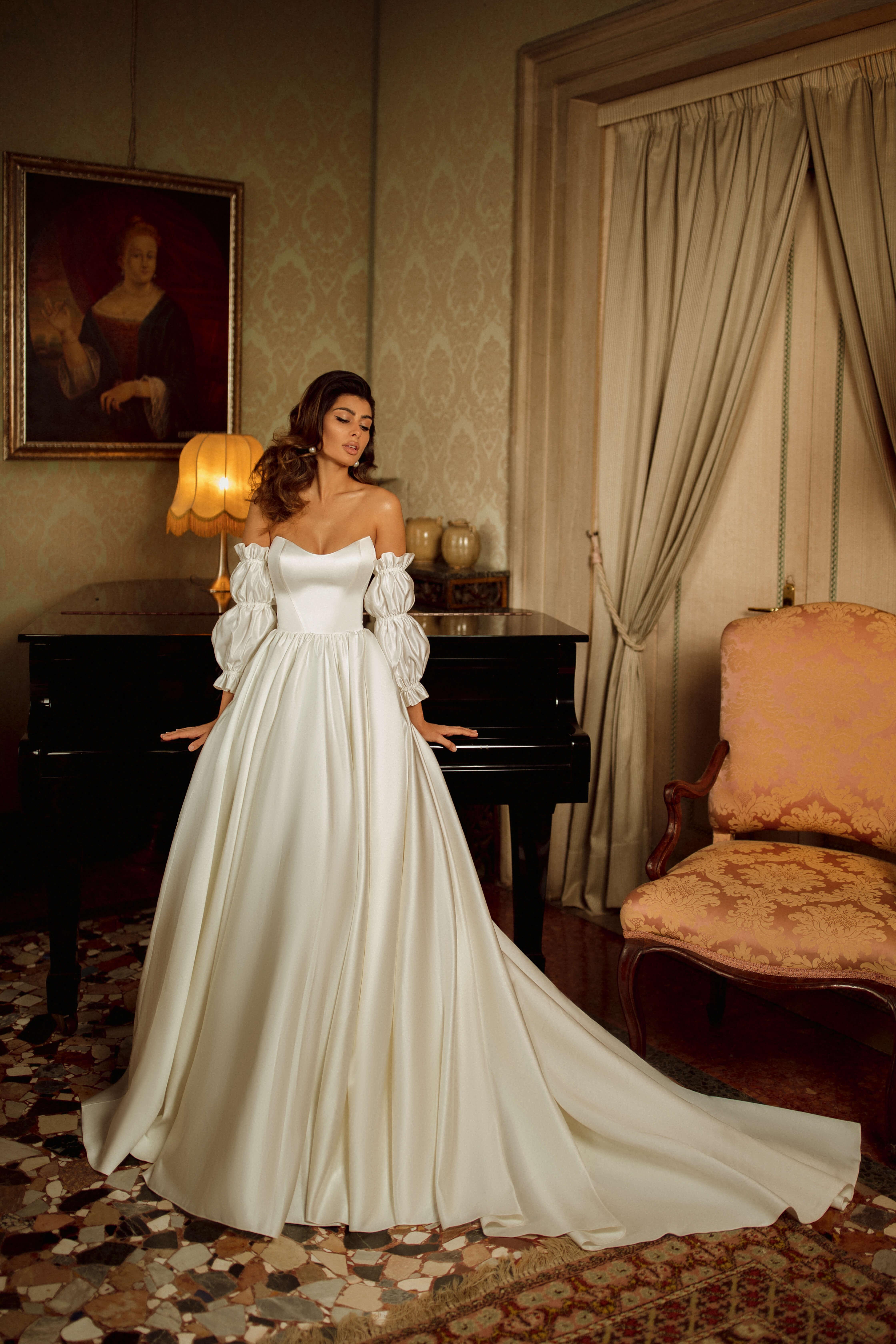 buy a wedding dress in the salon Blonde & Bride