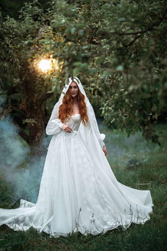 Купить свадебное платье от Rara Avis в Киеве